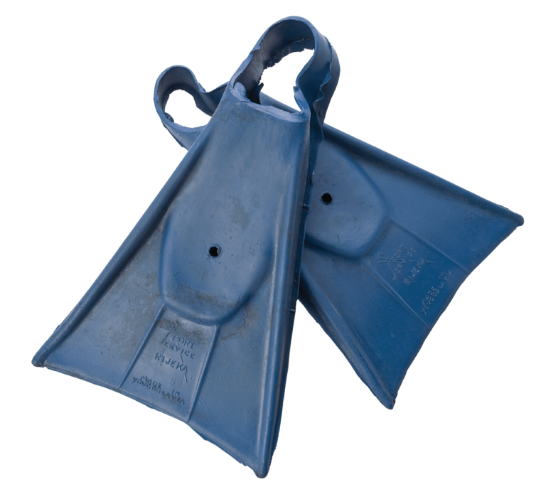 "The first serially produced diving fins in Croatia, ""Sport Servis"" Sušak, 1947"