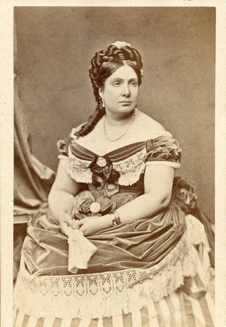 Izabela, kraljica Španjolske, F. R. Hanfstaengl, München, oko 1870.