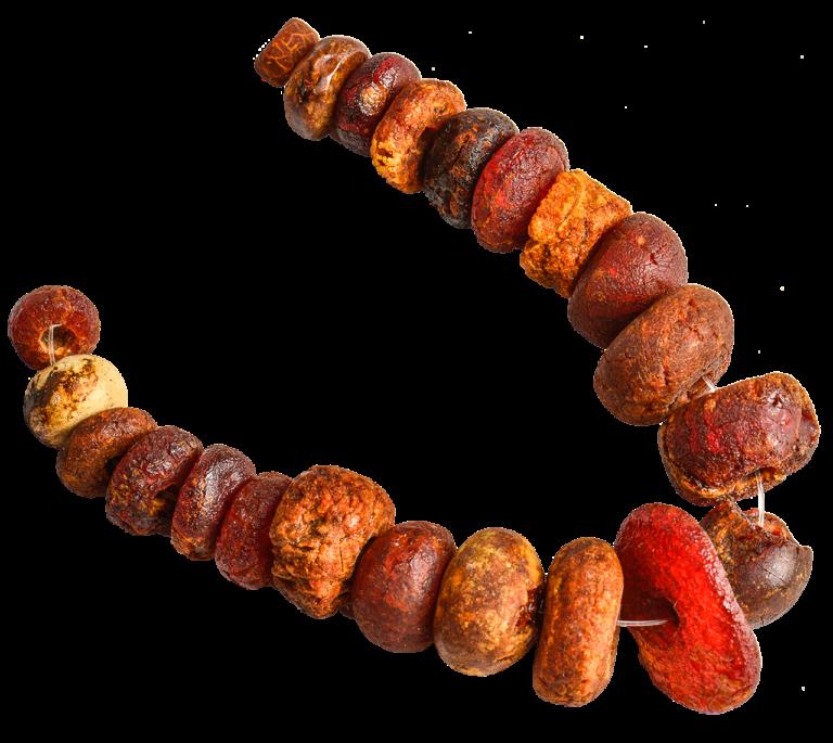 Jantarna ogrlica, Grobnik - Grobišće, Baltik, 5. - 2. stoljeće pr. Kr.
