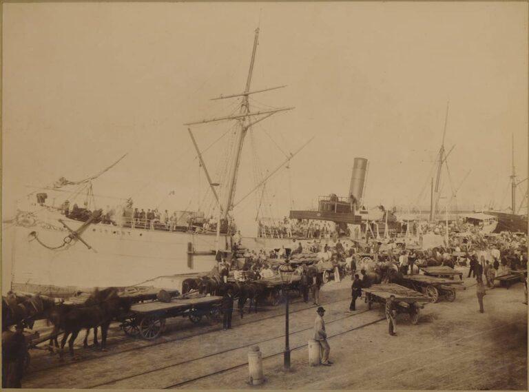 """Loading of goods on the """"Orient"""" steam boat in the harbour of Rijeka, Ilario Carposio, Rijeka, around 1890"""